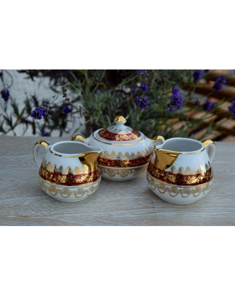 (OUT OF STOCK) VINTAGE CREAMERS AND SUGAR BOWL