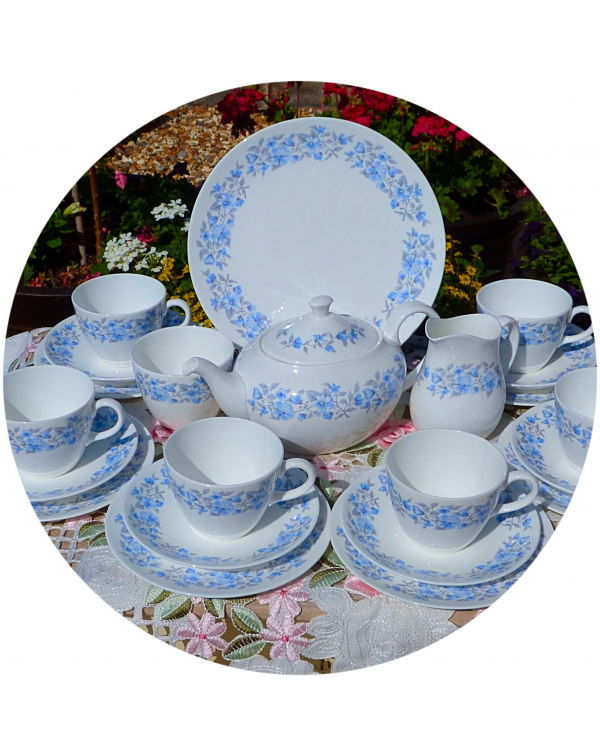 (OUT OF STOCK) WEDGWOOD PETRA TEA SET WITH TEAPOT