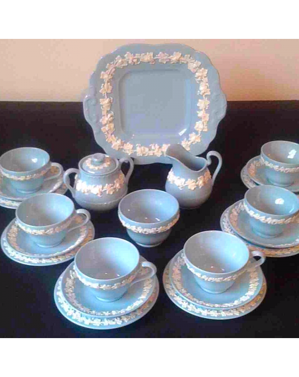 (OUT OF STOCK) WEDGWOOD QUEENS WARE TEA SET
