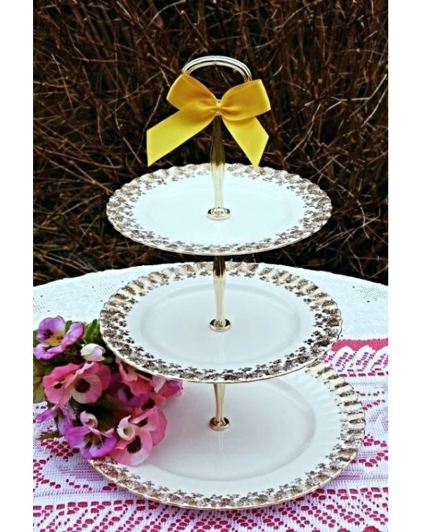 (OUT OF STOCK) RICHMOND CAKE STAND