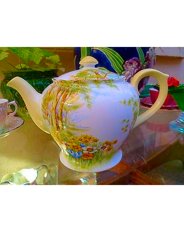 (OUT OF STOCK) SHELLEY DAFFODIL TEAPOT VINTAGE CHI...
