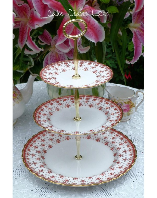 (OUT OF STOCK) SPODE FLEUR DE LYS CAKE STAND