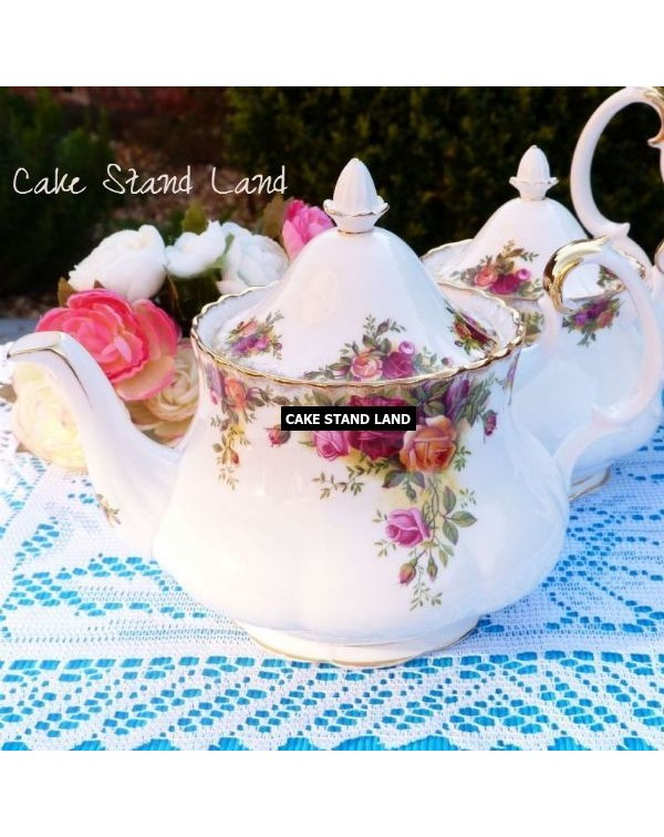 (OUT OF STOCK) OLD COUNTRY ROSES TEAPOT