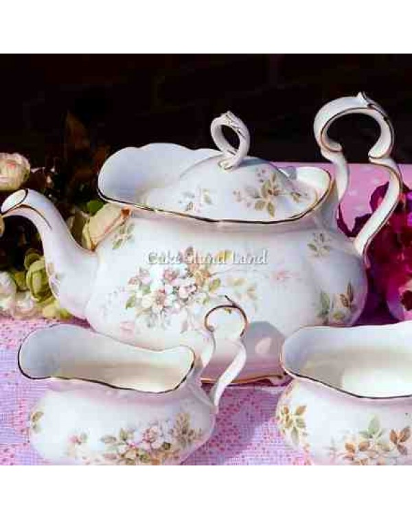 (OUT OF STOCK) ROYAL ALBERT HAWORTH TEAPOT SET