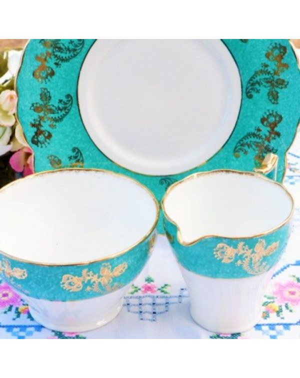 (OUT OF STOCK) WELLINGTON CAKE PLATE SET